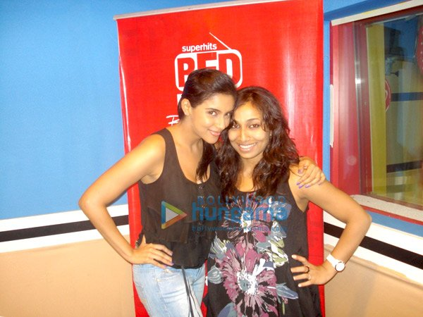 Asin promotes 'Ready' at 93.5 RED Fm studio