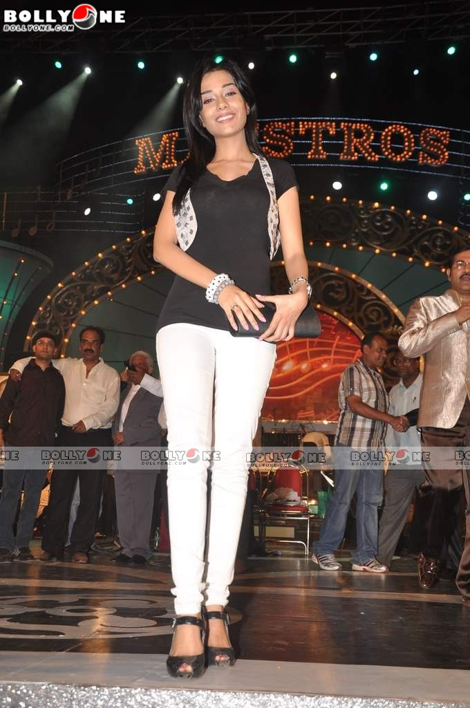 Cute Amrita Rao at Pyarelal's musical concert