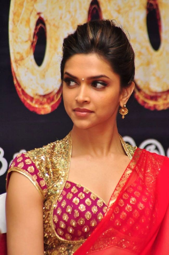 Deepika Padukone Hot Face Close Up Hq Pics