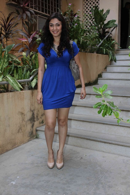 , Manjari Phadnis Latest Stills in Hot Blue Dress