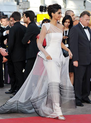 Sonam Kapoor  - Sonam Kapoor in Fashionable Gown at Cannes - Looking Beautiful