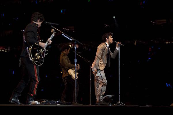 Jonas Brothers: Candids&Noticias >2 [CLOSED] 4416717964_0458c95ac4_o