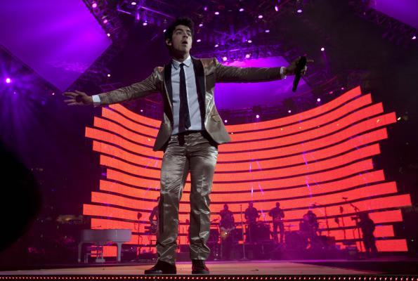 Jonas Brothers: Candids&Noticias >2 [CLOSED] 4415951387_3cccf9a895_o