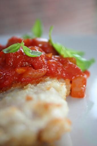 Filety rybne w sosie pomidorowym