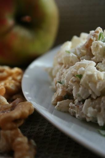 Sałatka z jabłek i ryżu
