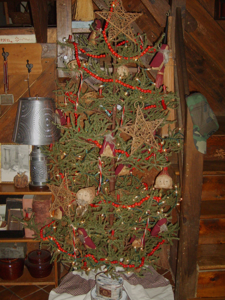 York mountain primitives more christmas decorating
