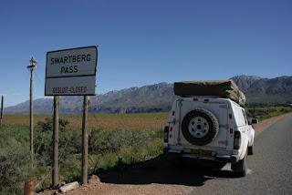 Swartberg Pass gesluit - closed