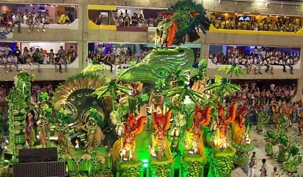 Parada na Sambodromie