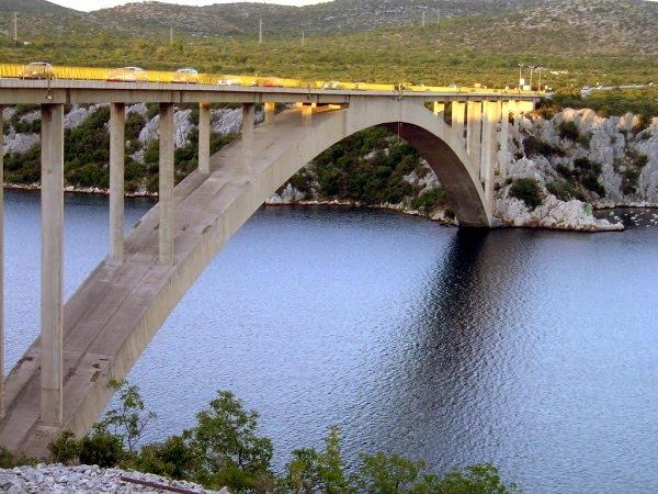 Mosty Krka