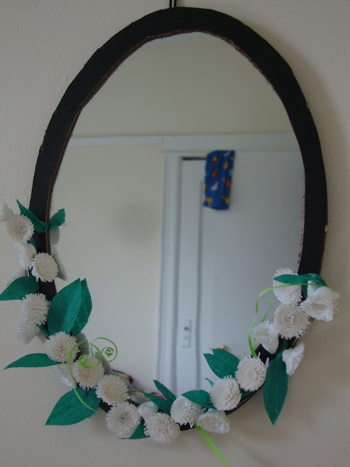 my decorated mirror with quilled flowers - Decorated Mirror