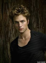 Edward Pattinson.