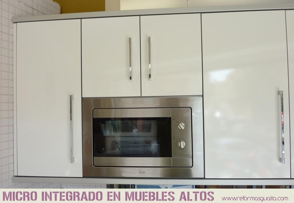 Colecci n xuquer de muebles de cocina reformas guaita - Mueble alto microondas ...