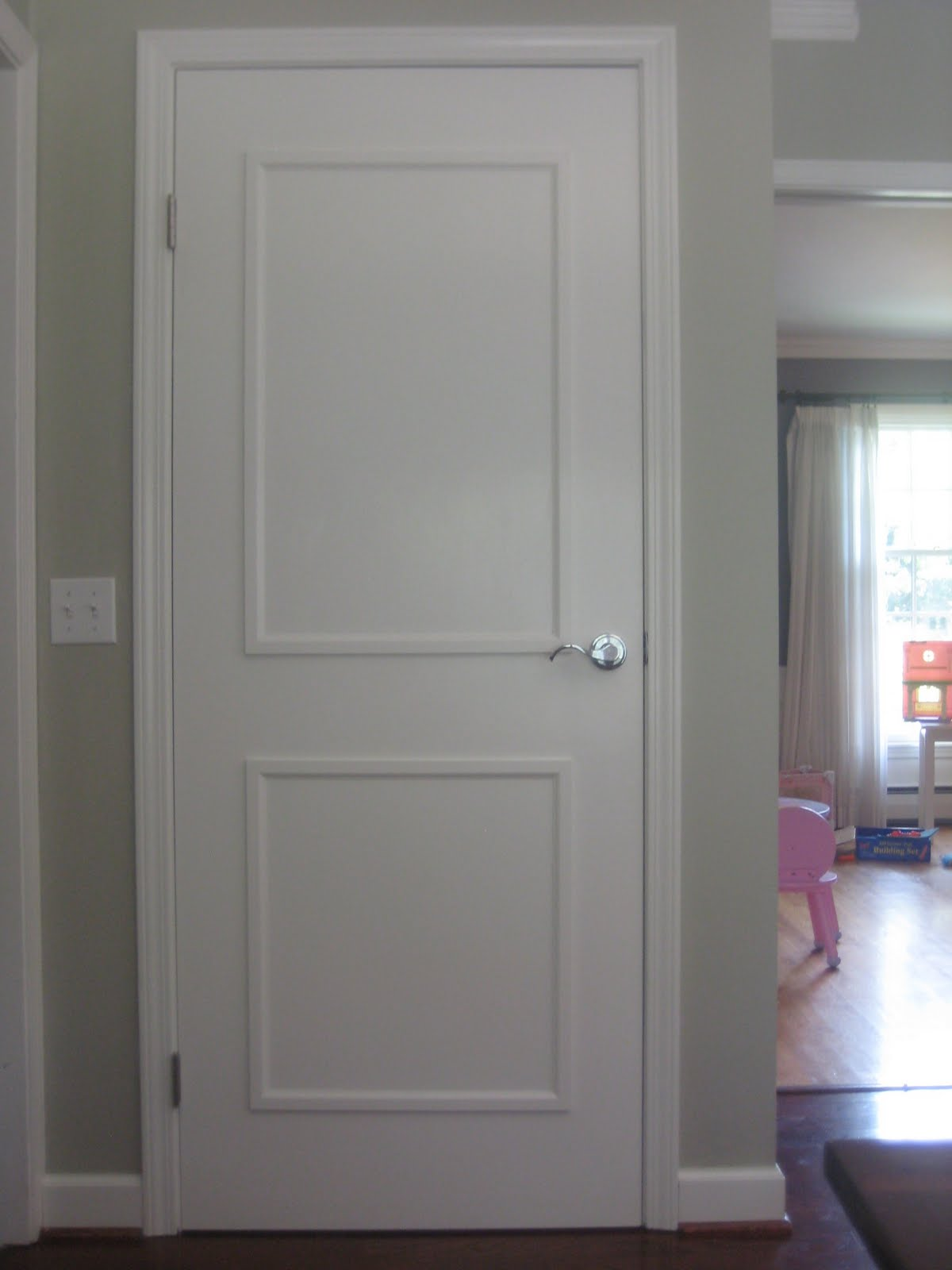 Add moulding to a flat cabinet door cabinet doors for Door moulding