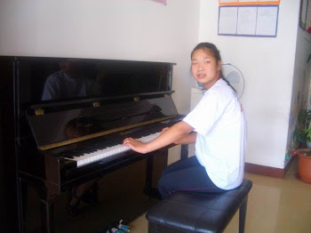 Faith at the piano!!