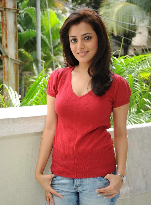 Telugu Actress Nisha Agarwal Sexy Boobs and Cleavage Show Stills sexy stills