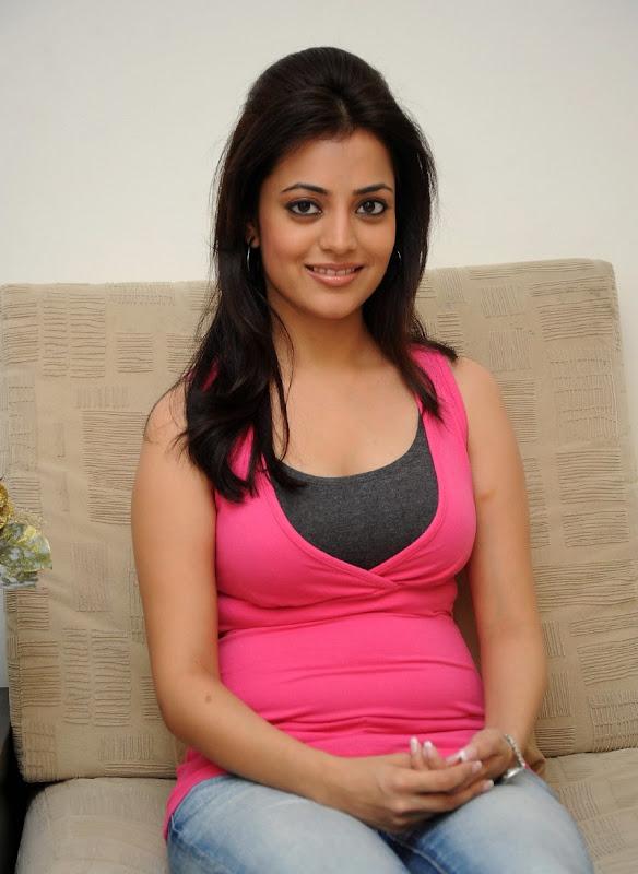 Telugu Actress Nisha Agarwal Sexy Boobs and Cleavage Show Stills cleavage