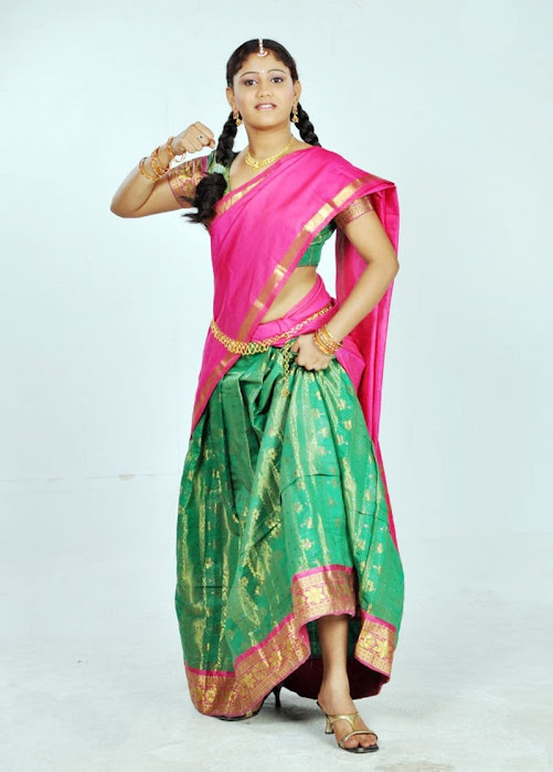 machakkanni amruthavalli in half saree photo gallery