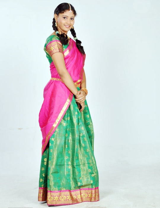 machakkanni amruthavalli in half saree hot photoshoot