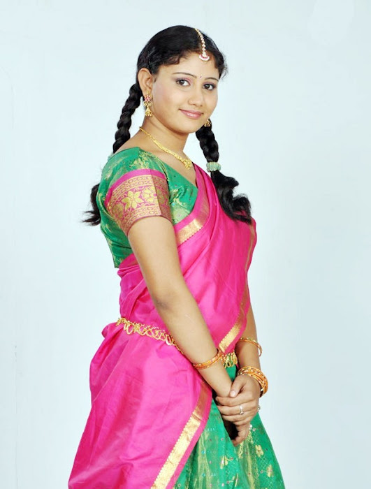 machakkanni amruthavalli in half saree actress pics