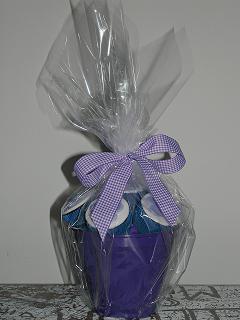 Vasinho de cupcakes para presente...