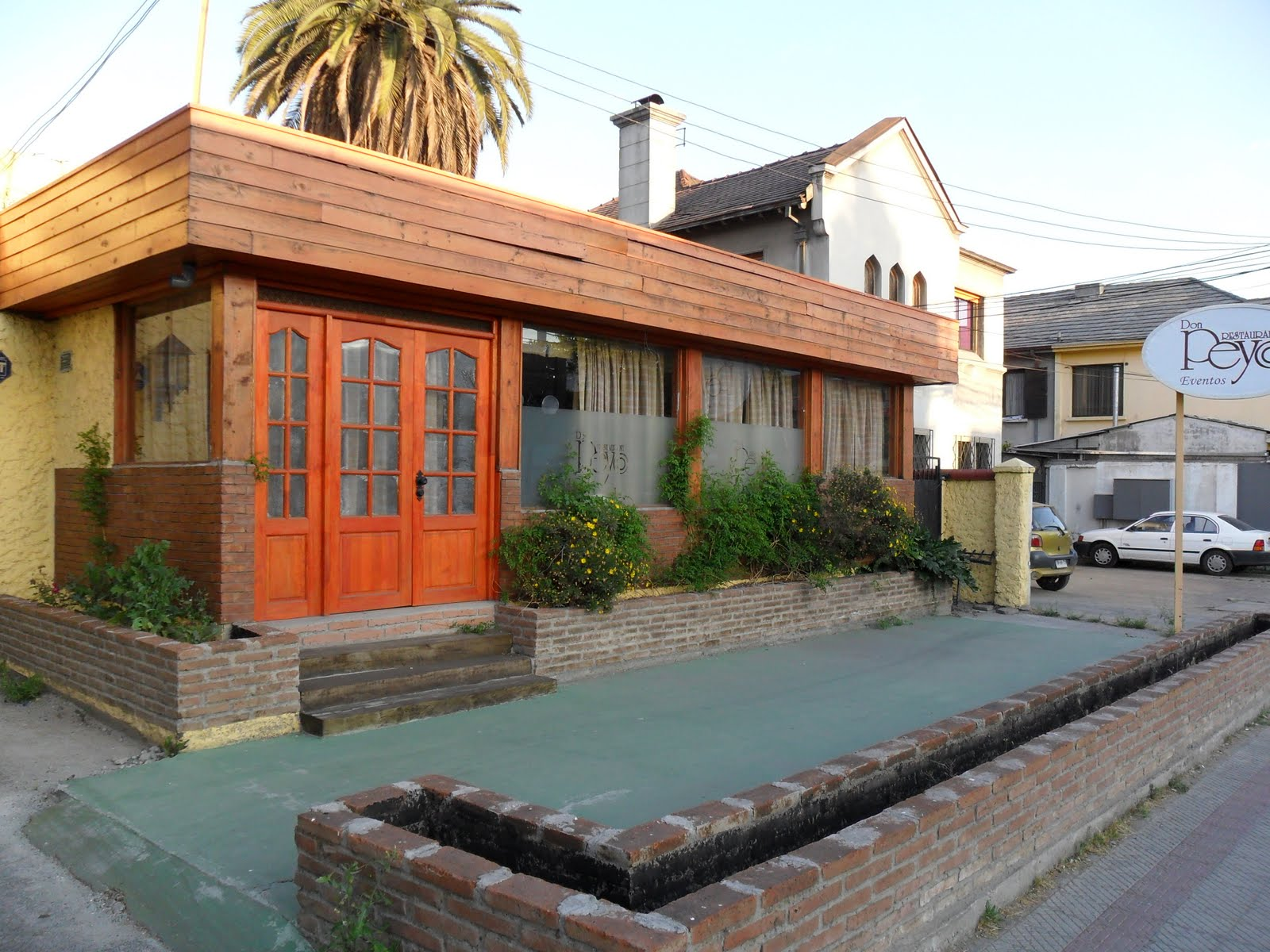 La colmena las casas de santiago de chile for Casas en chile santiago