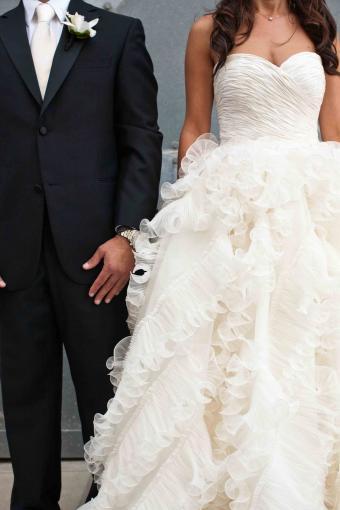 Chasing rainbows kissing frogs oscar de la renta 92e25 recycled bride orginal price 9000 us junglespirit Choice Image