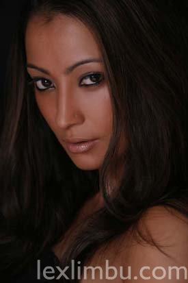 ciney single girls Ma chaine sport auto : wwwyoutubecom/driftgcreation ma chaine modélisme : wwwyoutubecom/channel/ucdnqgnmtcx99nlj7xjzmxfq ma chaine gaming : www.