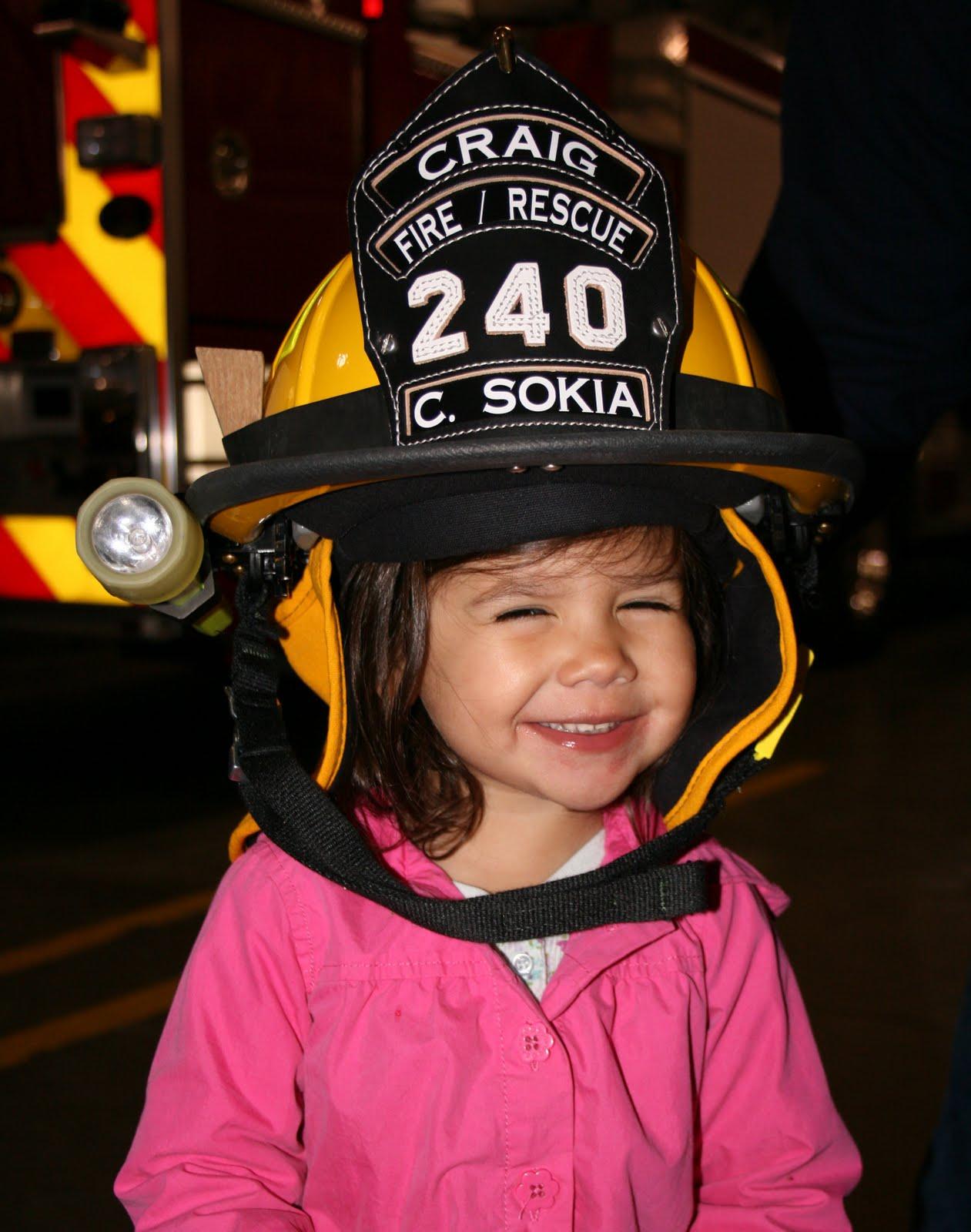 http://3.bp.blogspot.com/_Wa0Lhawt17Y/S71H3kvR0UI/AAAAAAAABJY/FJ1q3yv0Gts/s1600/Marley+the+Firefighter.JPG