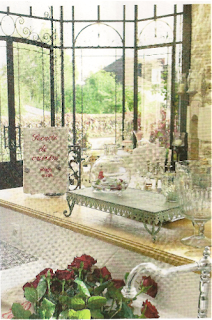Simple Craving The Romantic Feeling Of French Interiors I Often Buy Interior Design Magazines Even Though Can Hardly Understand A Word In Them With