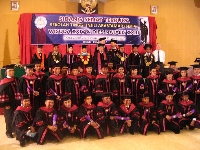 Foto Wisuda Pasca Sarjana