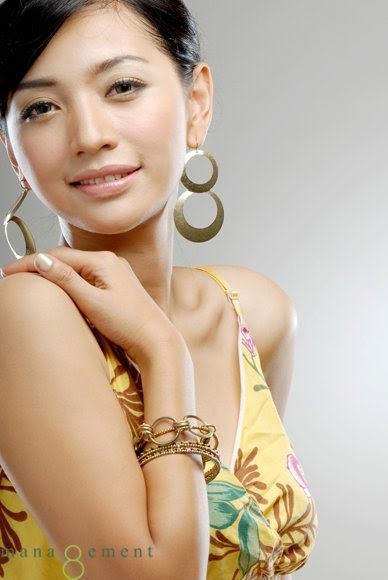 Foto Hesti Purwadinata Beautiful Photoshoot