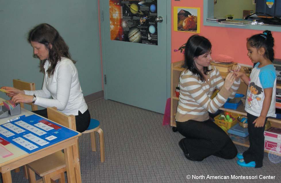 Becoming a Montessori Preschool / Kindergarten Assistant: Role and ...