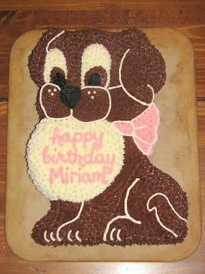 Dog Shaped Cake Design : Dog Shaped Birthday Cake Ideas and Designs
