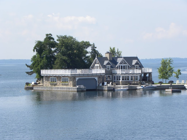 1000 islands Gananoque