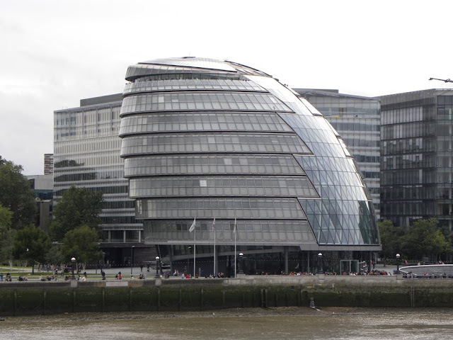 Modern buildings of London