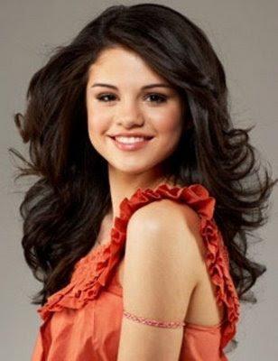 Selena Gomez Pitchers on Selena Gomez Pictures Hot  Selena Gomez Pictures 9