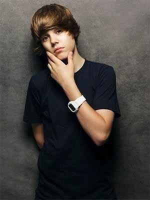 justin bieber new hair 2011 wallpaper. justin bieber 2011 new haircut