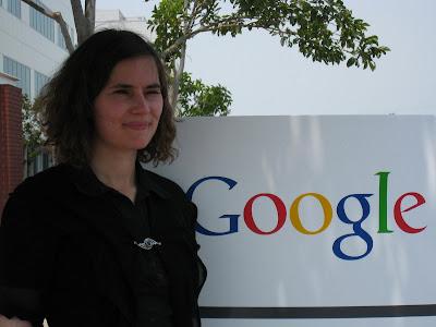 Stefanie auf dem Google Campus