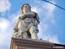 Skulptura na krovu