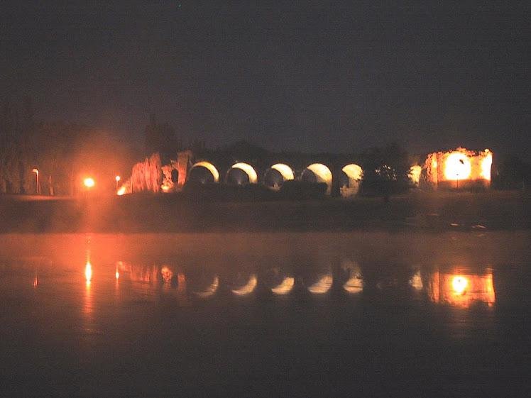 Stari grad u noći