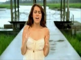 Miley Cyrus   on When I Look At You   Miley Cyrus   Tv Online En Vivo