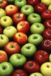 Recette de croissant croustillant aux pommes et cheddar fort.