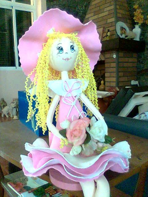 boneca com material Eva-Lurdes