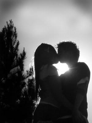 emo kiss