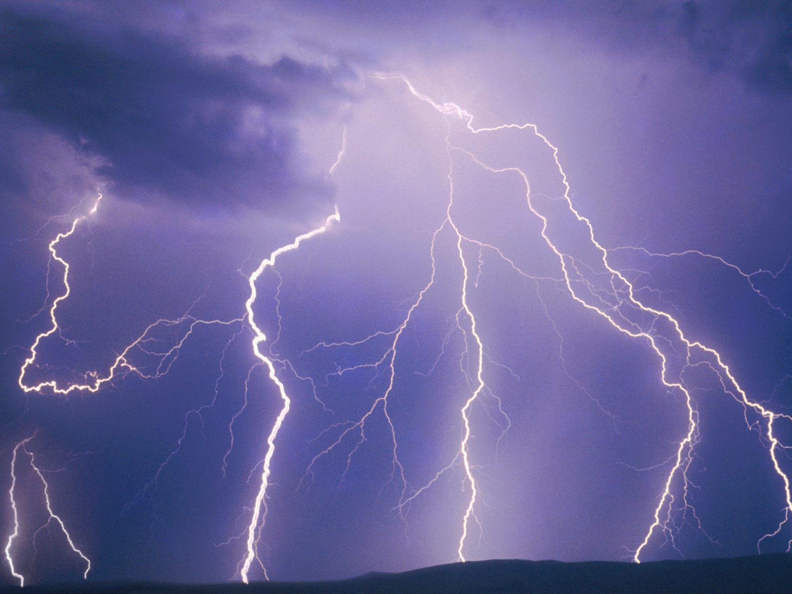 gallery for lightning wallpaper