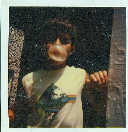 Joe-BUBBLE GUM!-Dad needs picture to take home!.jpg