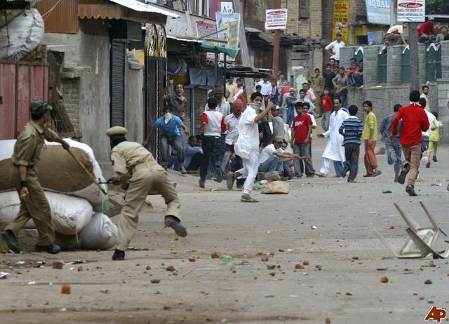 India Cabut Status Khusus Kashmir