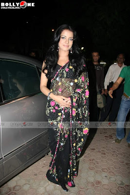 Celina Jaitley Sizzles at Country Club Bash