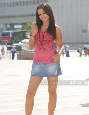 Trisha Hot Pics From Namo Venkatesa