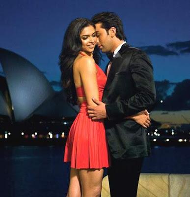 Deepika Padukone & Ranbir Kapoor Hot pose